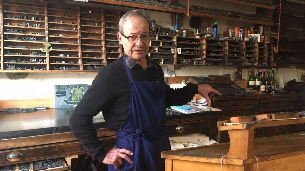 Charente-Maritime : un imprimeur de Rochefort perpétue le savoir-faire de l'imprimerie au plomb